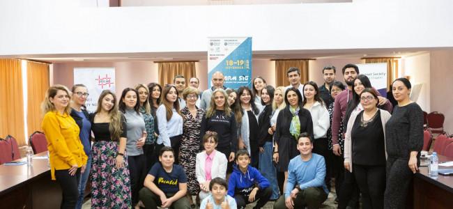 ARMENIA   Informațiile sunt pentru a fi folosite  – A 5-A ediție, ArmSIG, a școlii de Administrare a INTERNETULUI