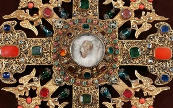 CREDINȚĂ   Aflarea Sfintei Cruci ( 24 octombrie)