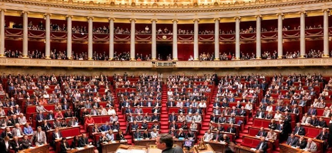 Propunerea legislativă a deputatei Valérie Boyer depusă la Adunarea Naţională a Franţei la 18 octombrie 2011