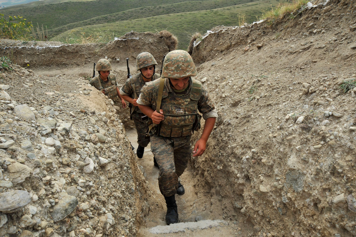 TOPSHOTS Armenian soldiers of the self-p