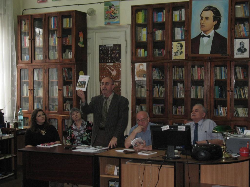 1. Istoricul D_nu_ Prodan prezint_ c_r_ile despre armenii din Boto_ani