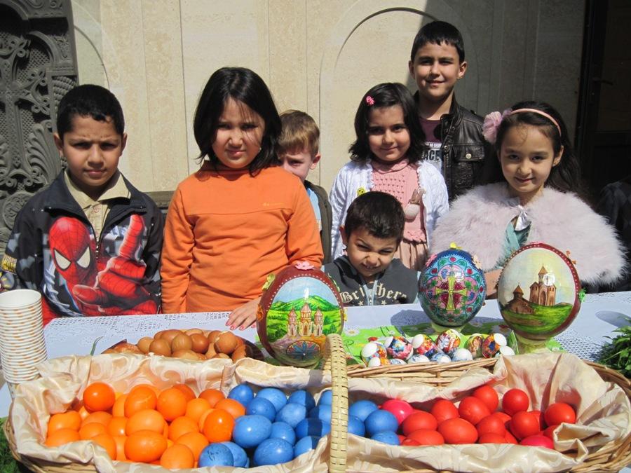 armenian-church-in-uzbekistan-celebrates-annunciation-easter-photos