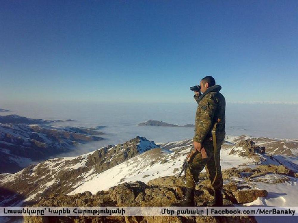 Linia de nord a frontului din Karabagh trece peste muntele Mrav, la peste 3.000 de metri altitudine.
