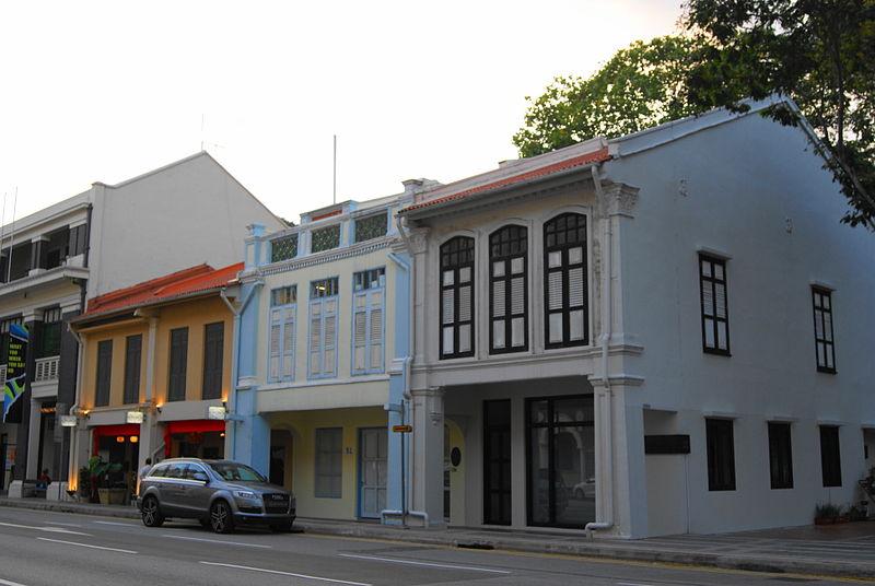 800px-Shophouses_along_Armenian_Street,_Singapore_-_20120103-02