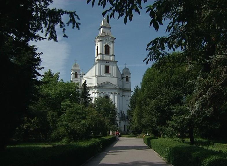 Gherla catedrala