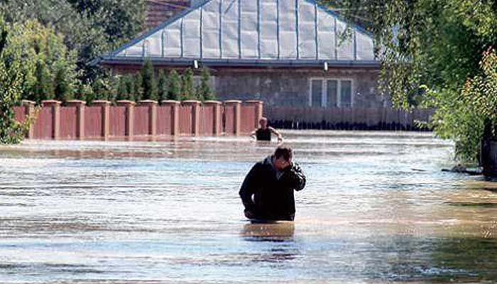 inundatii-romania-2014