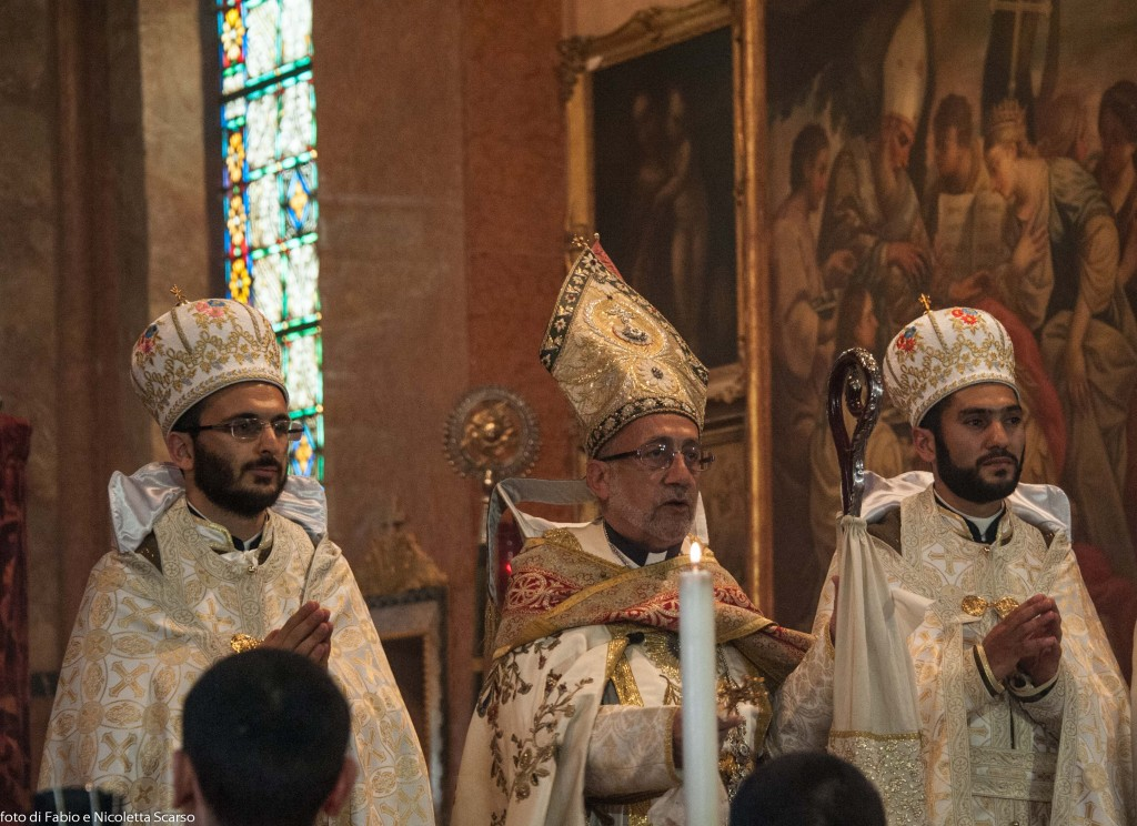 Vescovo ORDINAZIONE_A_SAN_LAZZARO (8 di 12)
