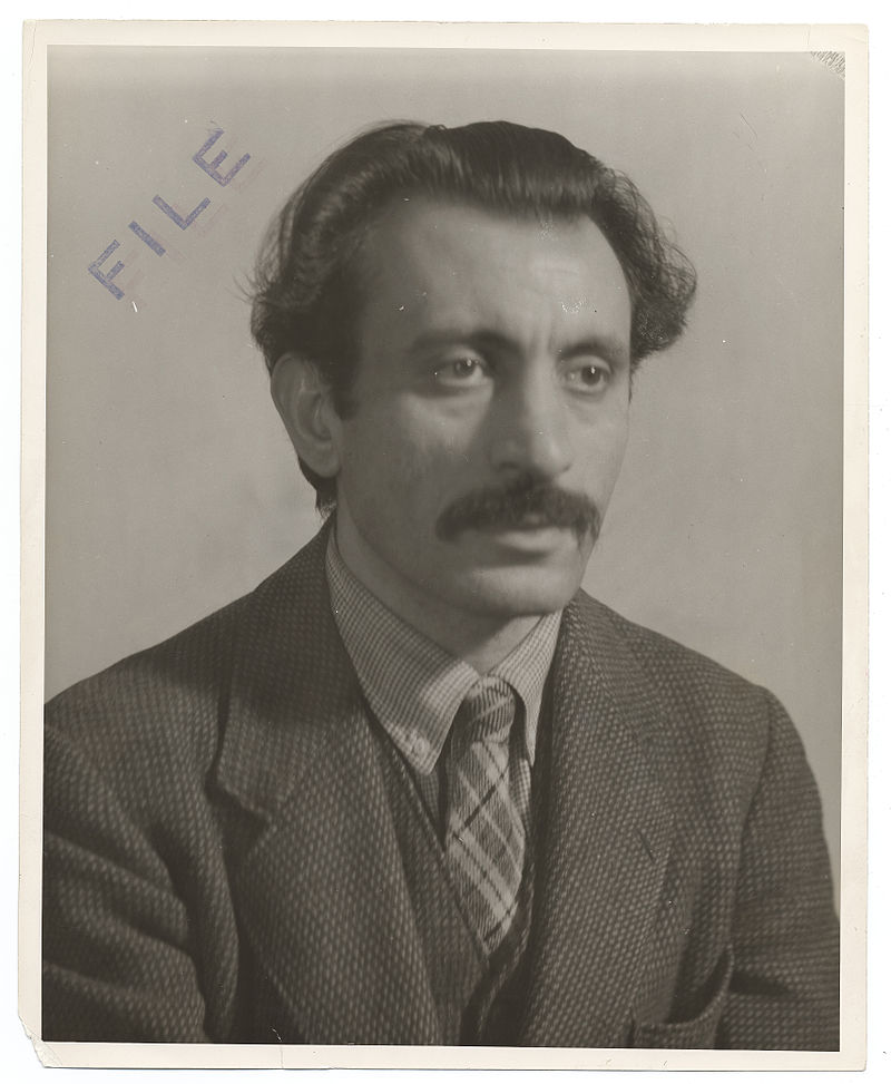 800px-Archives_of_American_Art_-_Arshile_Gorky_-_3044