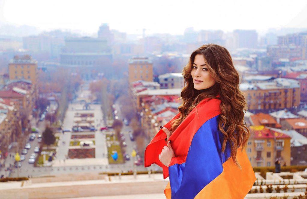 Iveta-Mukuchyan-2